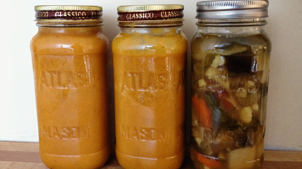 Ready To Go Mason Jar Soups + Curry Ginger Soup Recipe