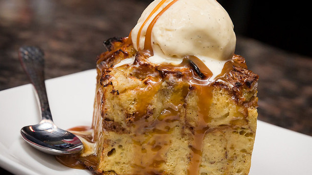 Delicious Vegan Apple Cinnamon Bread Pudding