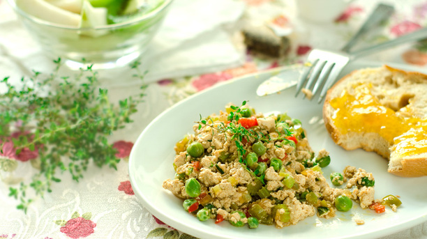 Totally Customizable Tofu Scramble